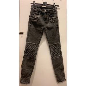 Zara zipper jeans with detail